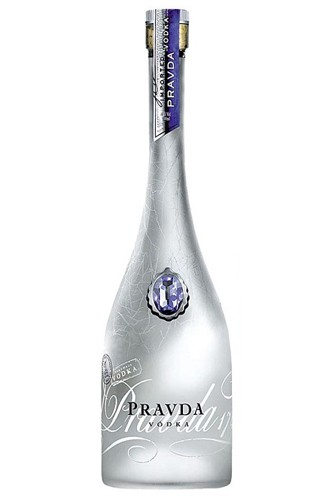 Pravda-Vodka-Flasche