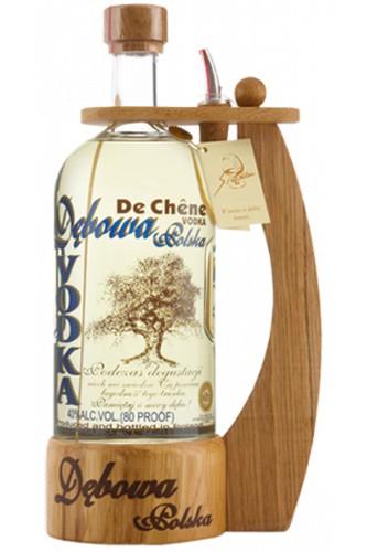 Debowa Polsk Vodka mit Henkel und Ausgießer